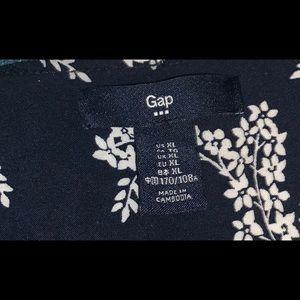 GAP Dresses - Beautiful GAP Floral Wrap Dress